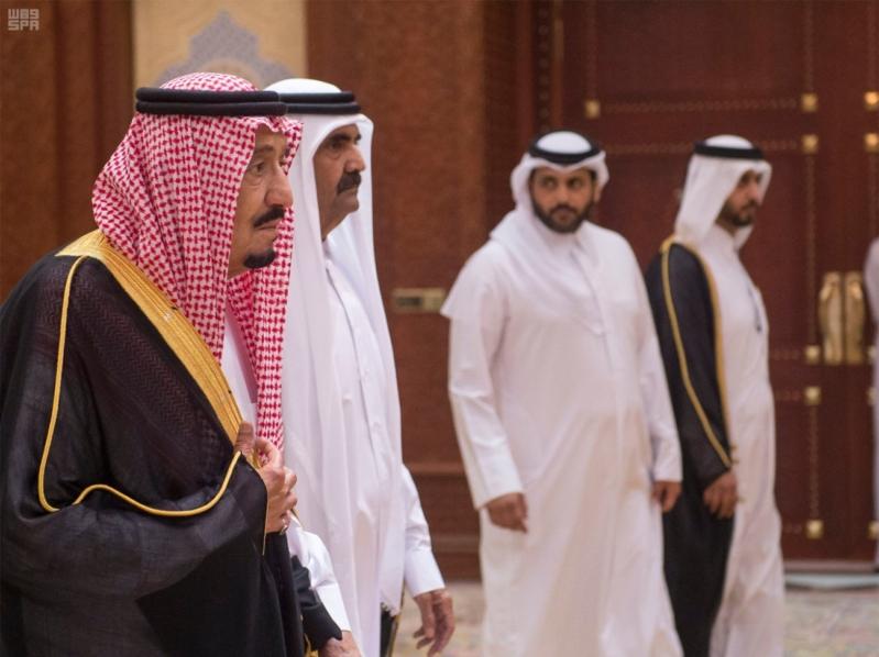 الملك سلمان يعزي امير قطر 5