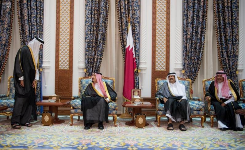 الملك سلمان يعزي امير قطر 7