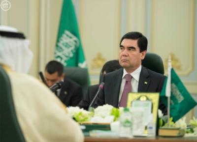 الملك سلمان يعقد جلسة مباحثات مع الرئيس التركمانستي.jpg0