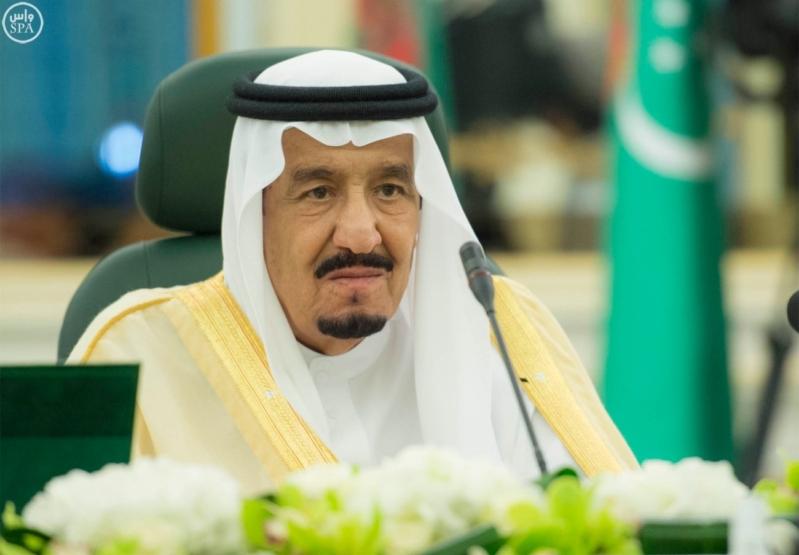الملك سلمان يعقد جلسة مباحثات مع الرئيس التركمانستي.jpg12