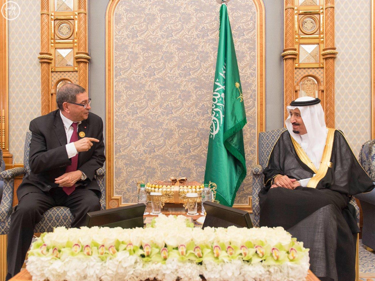 الملك-سلمان-يلتقي-رئيس-تونس