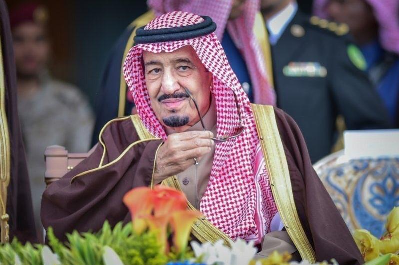من عاصفة الحزم إلى الودائع المليارية مرورًا بالإغاثة.. الملك سلمان درع اليمن وملاذه الآمن