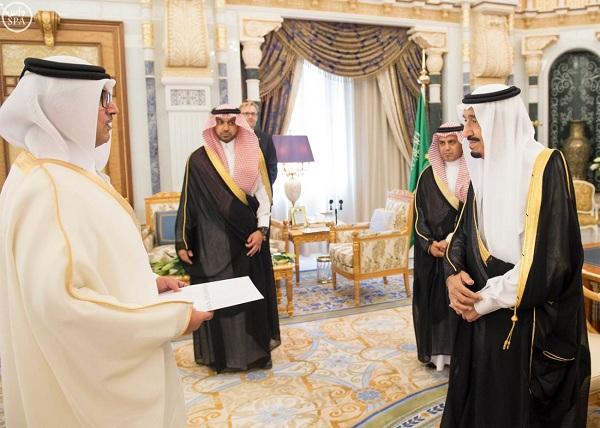 الملك يتسلم أوراق اعتماد عدد من سفراء الدول الإسلامية والعربية والصديقة - المواطن