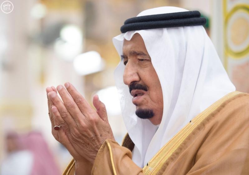 الملك في المسجد النبوي (34669064) 