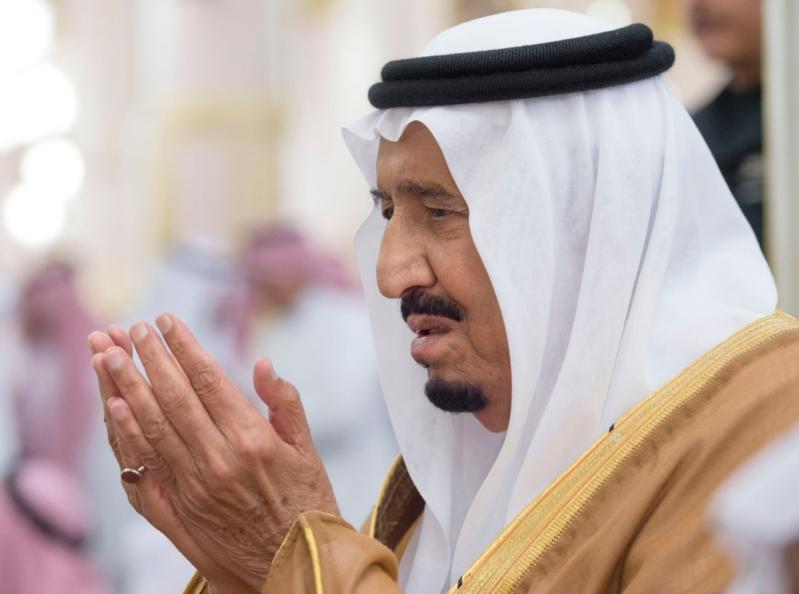 الملك في المسجد النبوي (34669065) 