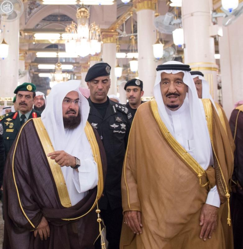 الملك في المسجد النبوي (34669067) 