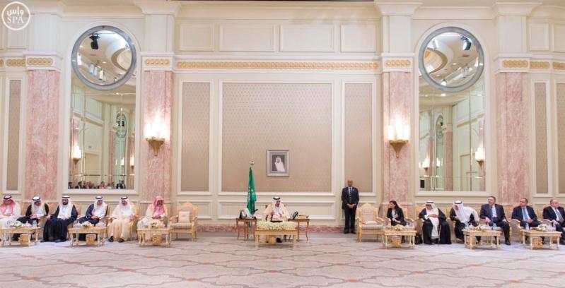 الملك ومجلس الاعمال 1.jpg6