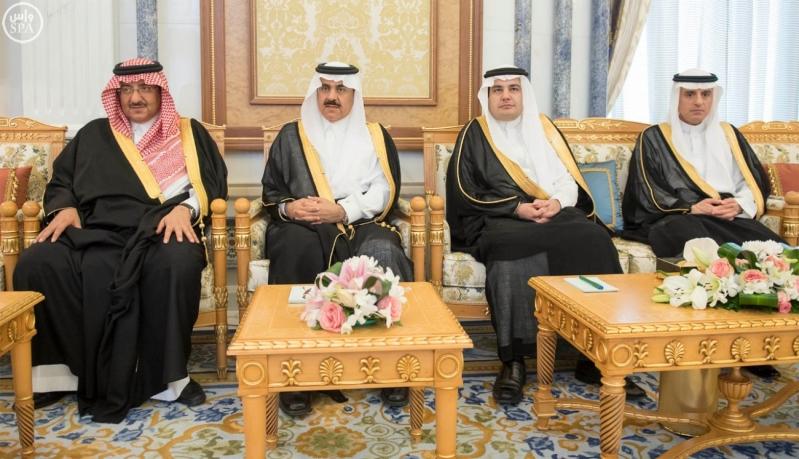 الملك يتلقى رسالة من الرئيس الجزائري113
