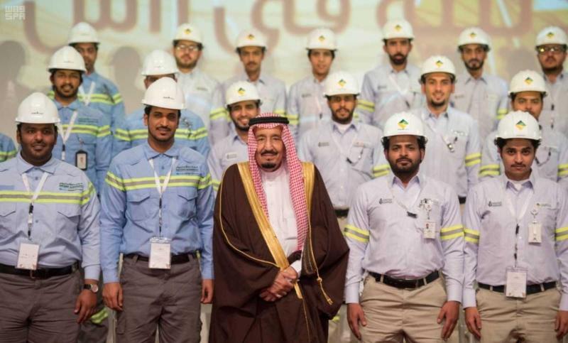 الملك يدشن مشاريع التعدين في مدينة رأس الخير والبنية الأساسية والتنموية 8 6