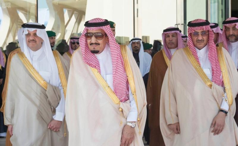 الملك يدشن مشاريع الشرقية
