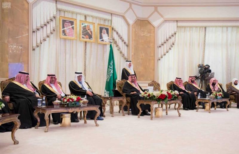 الملك يدشن مشروعات للتنمية بالمنطقة الشرقية.jpg20