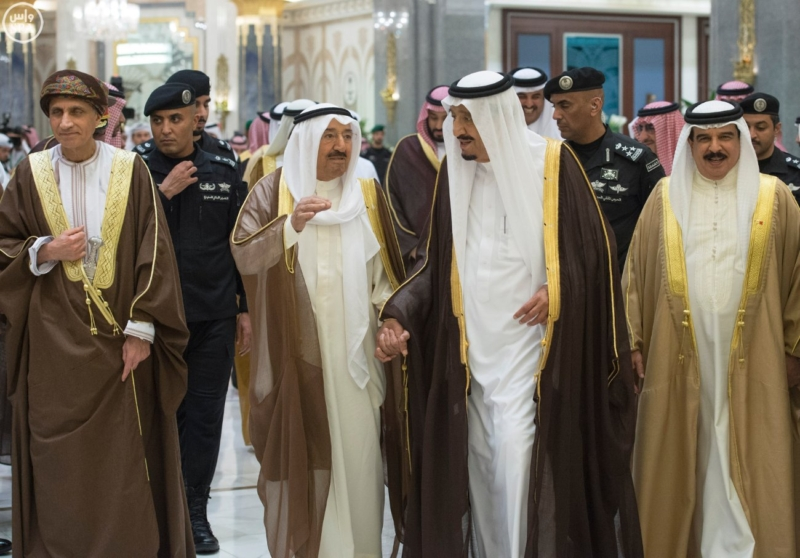 الملك يراس الاجتماع التشاوري لمجلس التعاون
