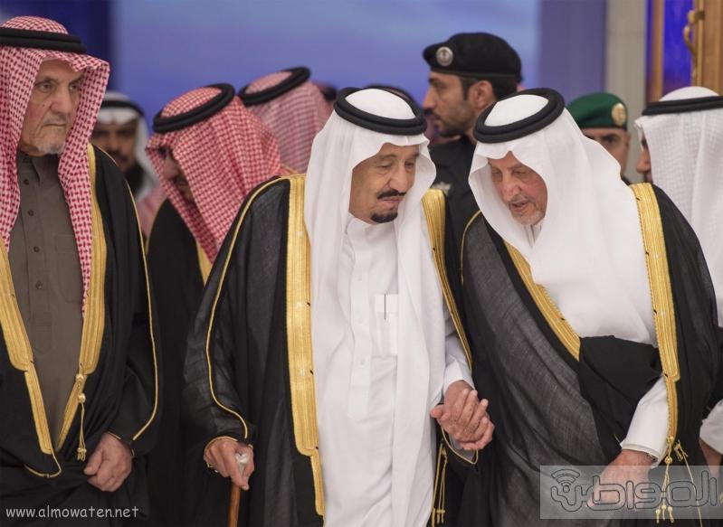 الملك يرعى موتمر سعود الاوطان (30114692) 
