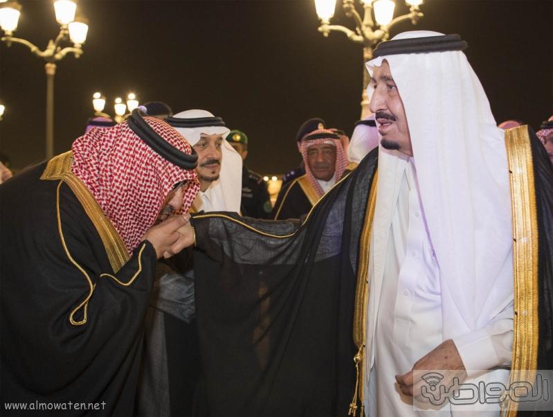 الملك يرعى موتمر سعود الاوطان (30114693) 