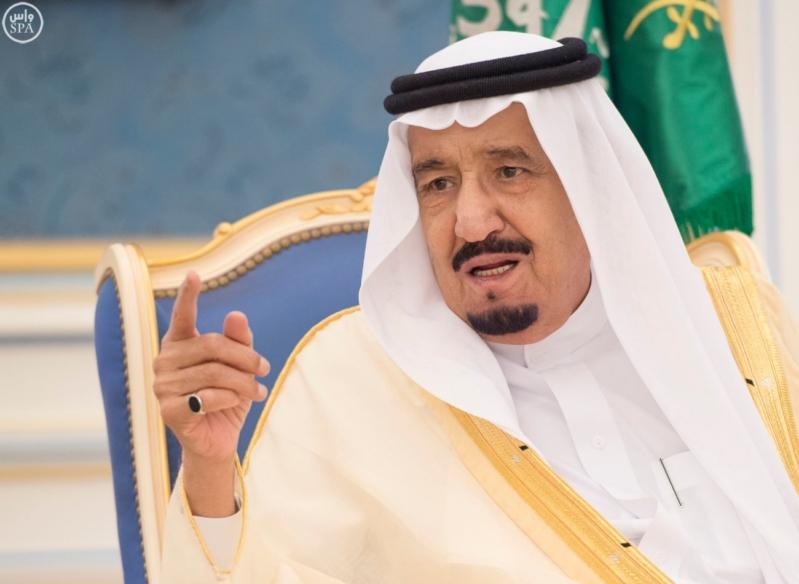 الملك يستقبل أصحاب السمو والامراء ومفتي عام المملكة11