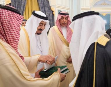 الملك يستقبل أصحاب السمو والامراء ومفتي عام المملكة5