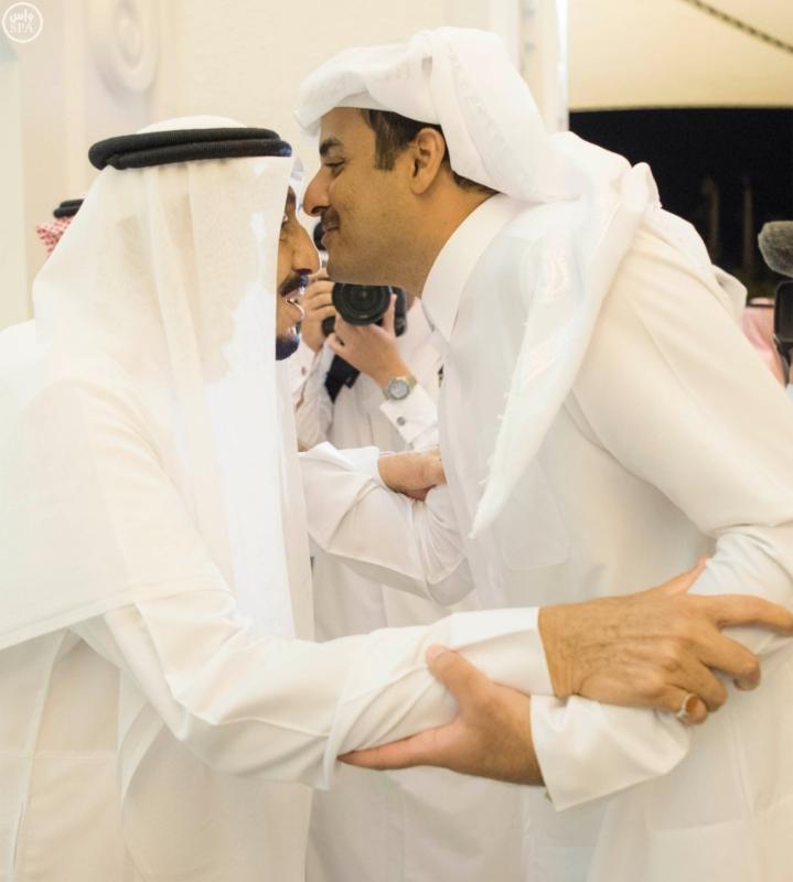 الملك يستقبل أمير قطر (4)