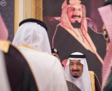 الملك يستقبل الامراء واصحاب الفضيلة3