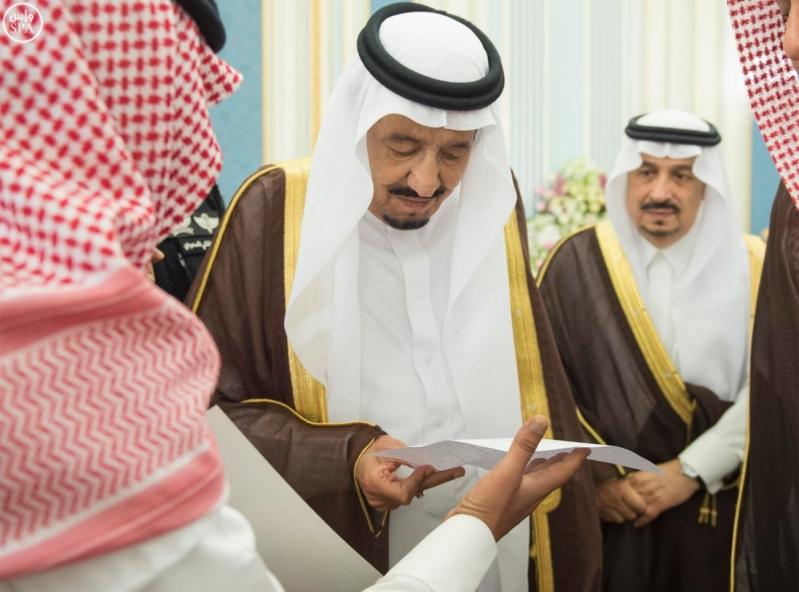 الملك يستقبل الامراء ومفتي عام المملكة13