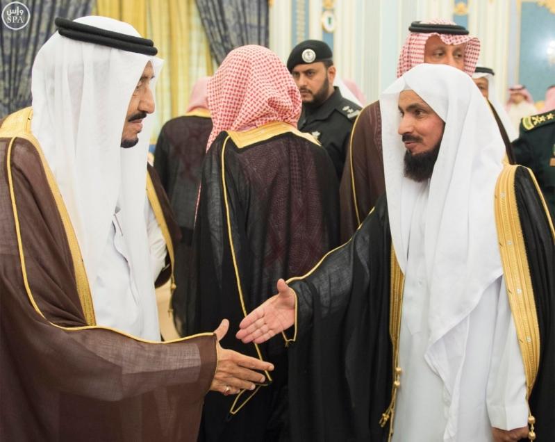 الملك يستقبل الامراء ومفتي عام المملكة15