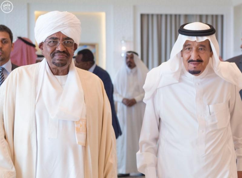 الملك يستقبل الرئيس السوداني 13