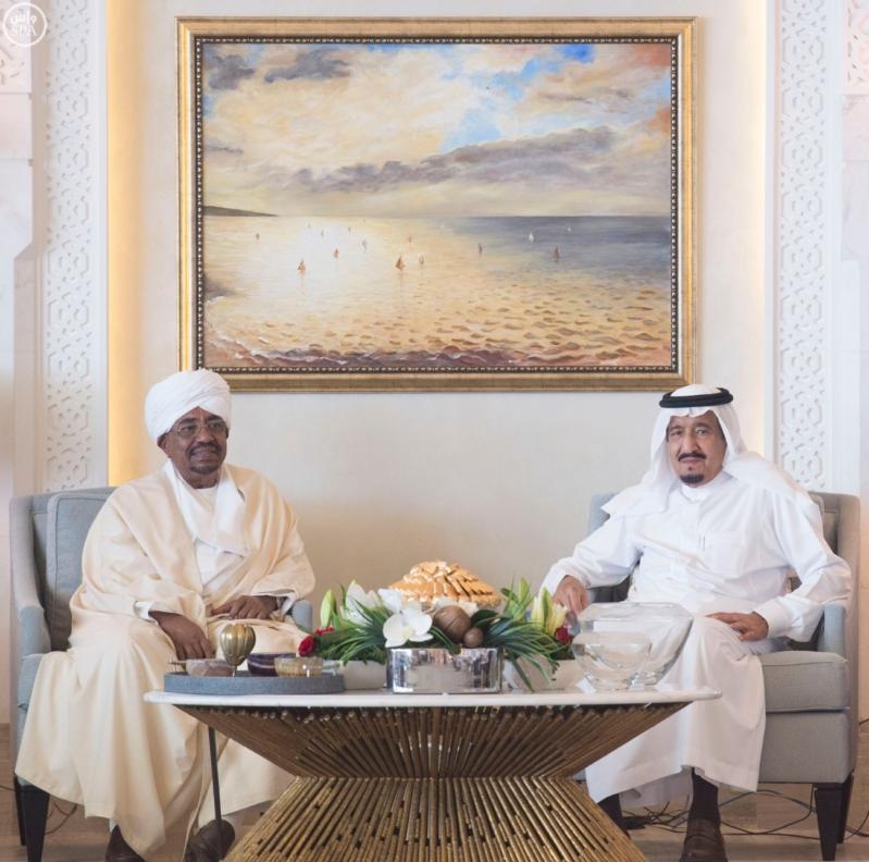 الملك يستقبل الرئيس السوداني 15