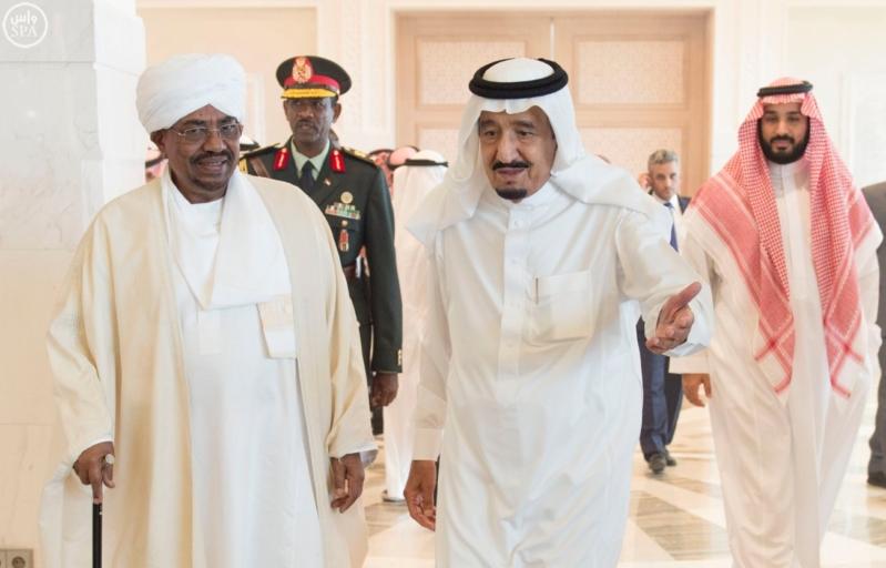 الملك يستقبل الرئيس السوداني 4