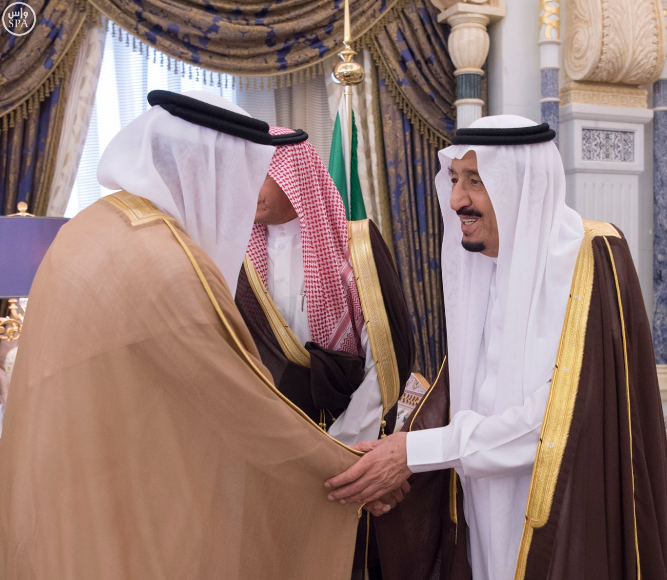 الملك يستقبل العيسى والزياني ووزراء التعليم العالي بمجلس التعاون (6)