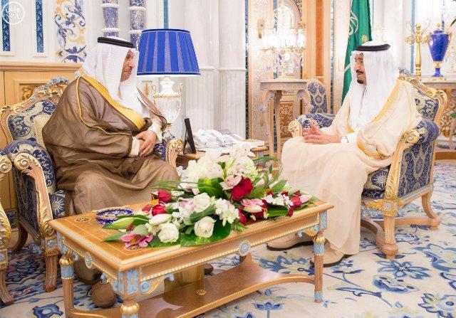 الملك-يستقبل-امير-الكويت