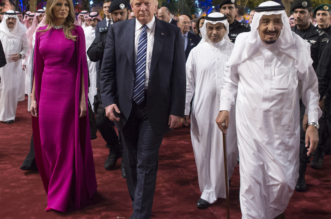اليوم الأول لترامب في السعودية .. قمة واتفاقيات مليارية وجولة ختمت بالعرضة - المواطن