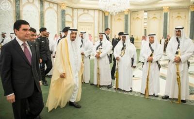 الملك يستقبل رئيس تركمانستان.jpg7