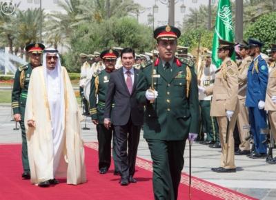 الملك يستقبل رئيس تركمانستان.jpg6