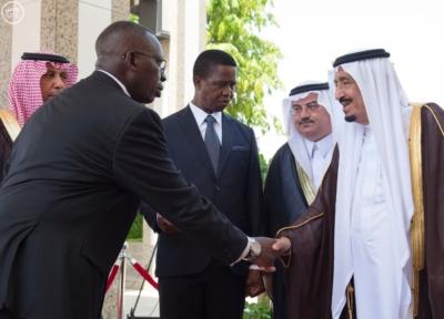 الملك يستقبل رئيس جمهورية زامبيا3