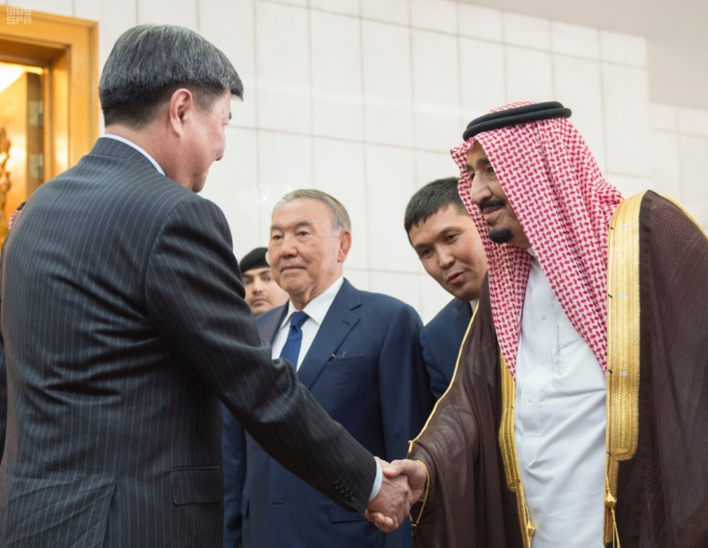 الملك يستقبل رئيس جمهورية كازاخستان (1) 