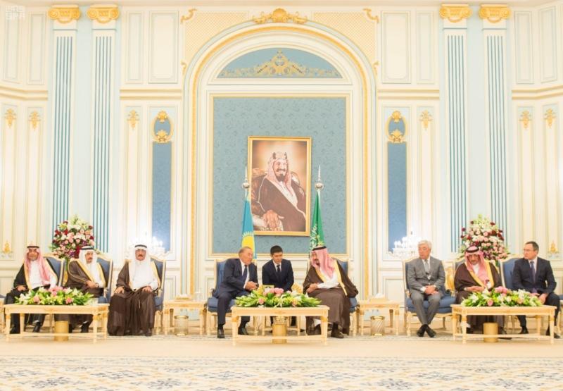 الملك يستقبل رئيس جمهورية كازاخستان (35914241) 
