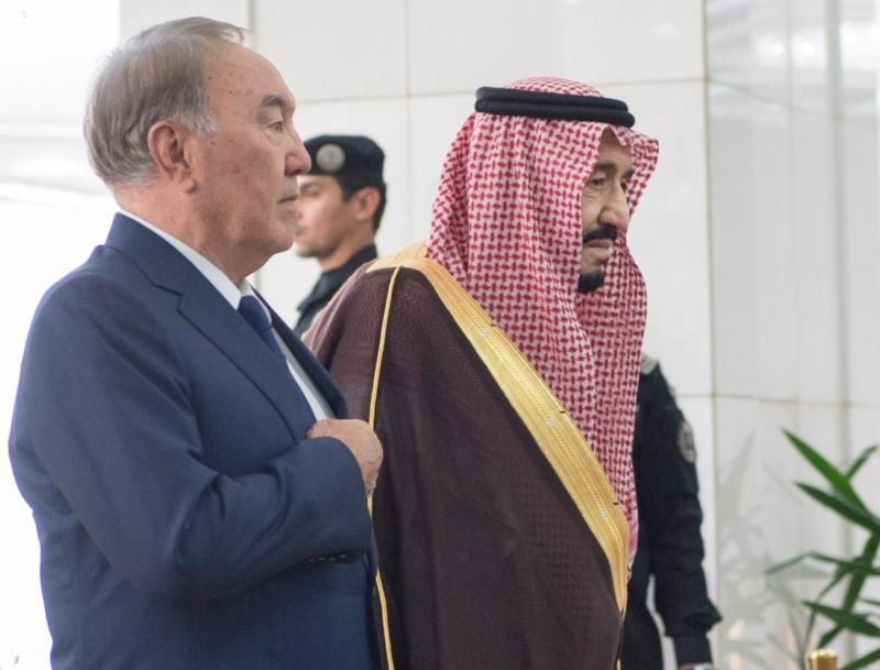 الملك يستقبل رئيس جمهورية كازاخستان (35914243) 