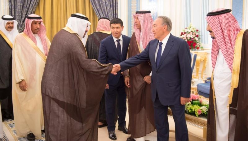الملك يستقبل رئيس جمهورية كازاخستان (35914250) 