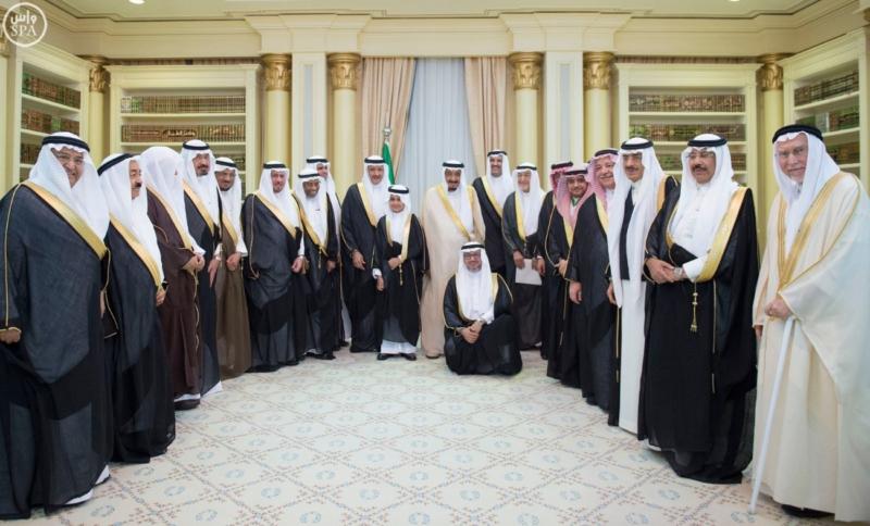 الملك يستقبل عددًا من الوزراء وكبار رجال الدولة9