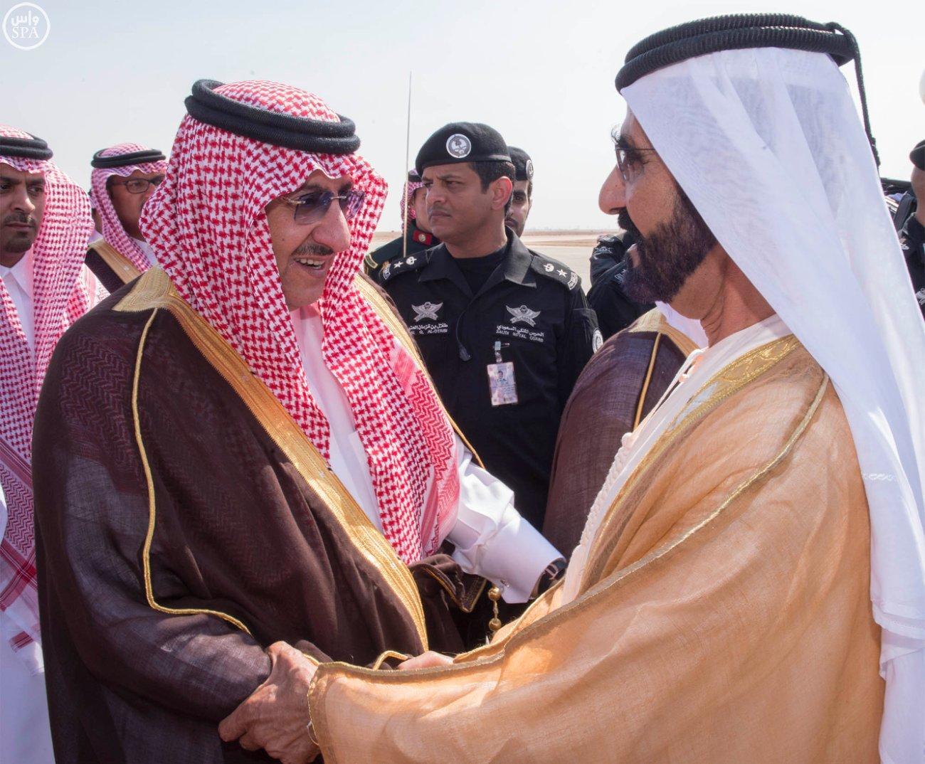 الملك-يستقبل-محمد-بن-راشد (2)