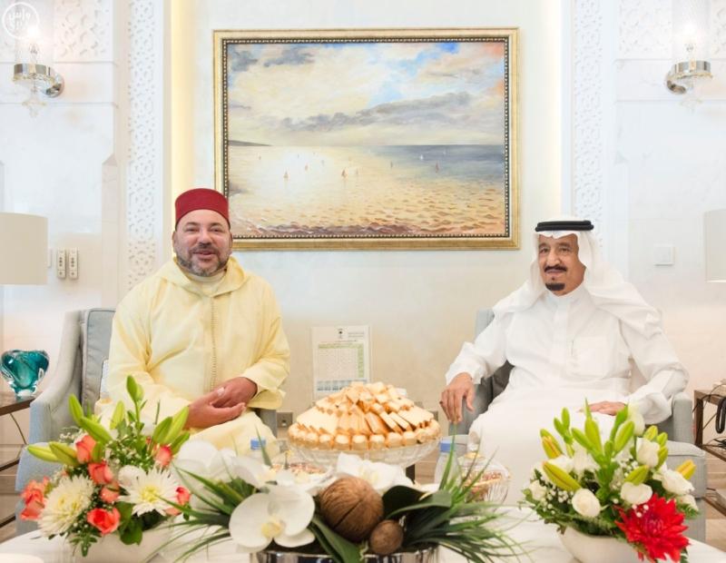الملك يستقبل ملك المغرب.jpg5