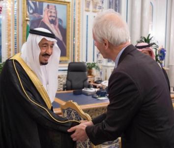 الملك يستقبل وزير خارجية كندا1