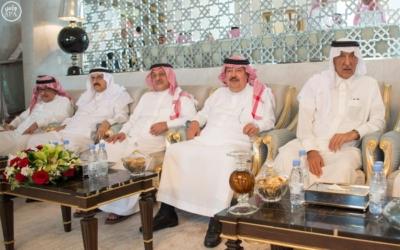 الملك يستقل ولي عهد أبو ظبي8