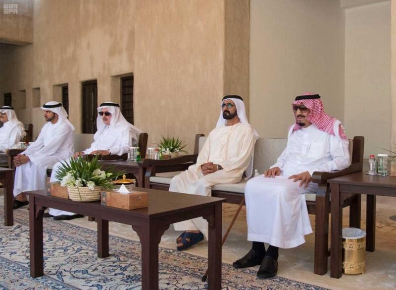 الملك يصل إلى إمارة دبي.jpg8