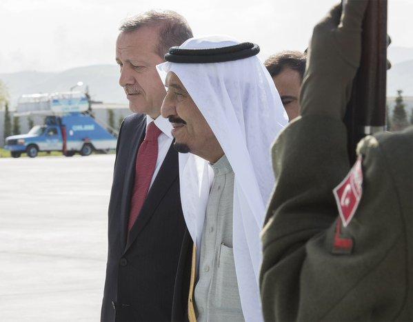 الملك يصل الى تركيا4