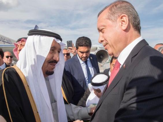 الملك يصل الى تركيا6