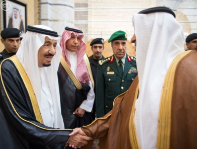 الملك يصل الى جدة قادم من الرياض6