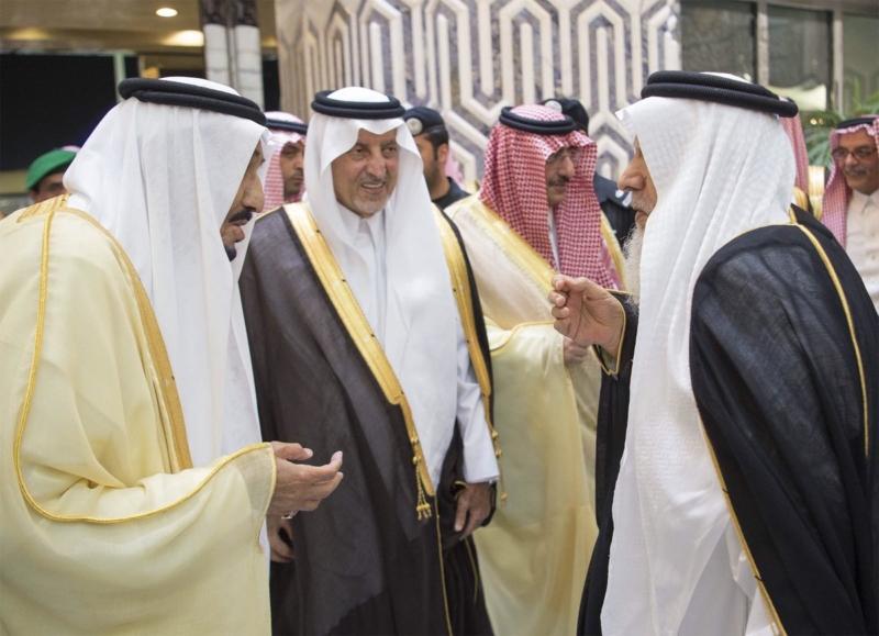 الملك يصل الى جدة (34669057) 