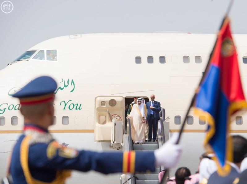 الملك يصل الى مصر1