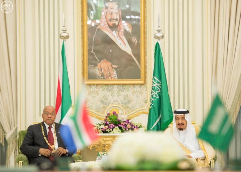 الملك يعقد جلسة مباحثات مع الرئيس الجنول افريقي2