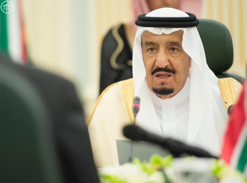 الملك يعقد جلسة مباحثات مع الرئيس الجنول افريقي3